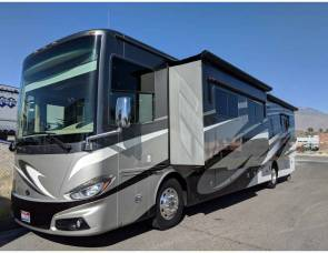 Tiffin Motor-home PHATEON 40AH