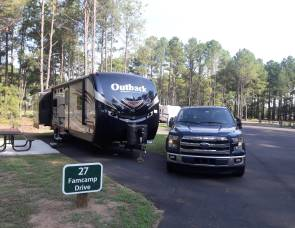 2017 Keystone Outback 298 res