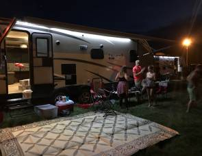 2018 Coachmen Freedom Express 27 Footer