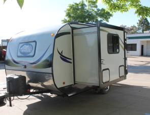 2017 Riverside Travel Trailer MT. MCKINLEY