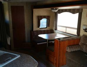 2012 Catalina 28DDS Coachman