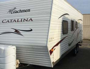 Coachman by Forest River Catalina 22FB