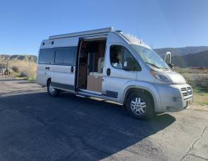 Winnebago Travato 59 G *Long Beach