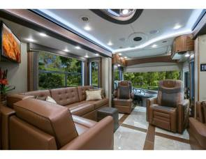 2018 Foretravel Luxury Villa Bunk (LVB)