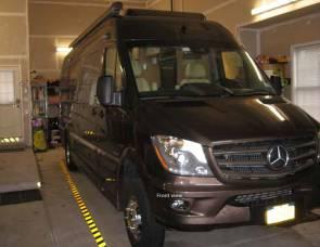 2012 Mercedes XL Roadtrek