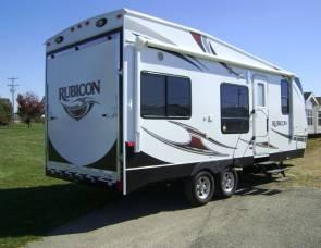 2013 Dutchman Rubicon R2100