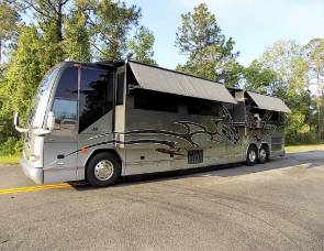 2009 Prevost Featherlite H3-45 Double Slide