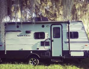 2019 Coachman Viking