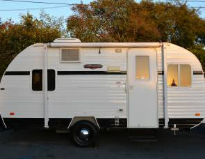 2015 Riverside RV WhiteWater Retro