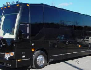 2010 Prevost H3-45 Star Coach