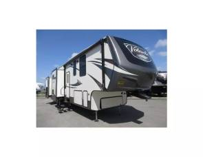 2019 Crossroads Volante 360LF Two Bedrooms/ Two Bathrooms/ Outdoor Kitc