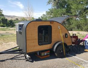 2018 Teardrop trailer 5x8 - Custom Built