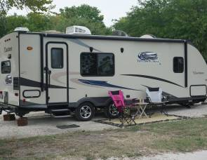 2015 50th Anniversary Edition Coachman Freedom Express