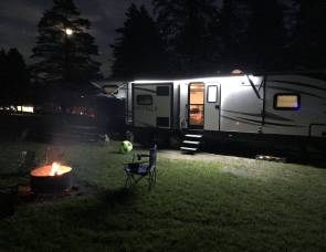 2018 Keystone Outback 325BH (Sweet deal!) No Truck, No problem!