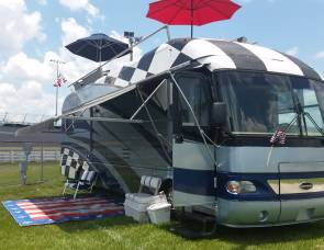 2008 Airstream land yacht, NASCAR EDITION WITH ROOFTOP PATIO
