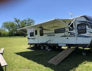 Keystone  Outback 260FL
