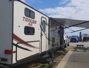 2016 Forest River Tracer Air 30 ft Bunkhouse 305BH