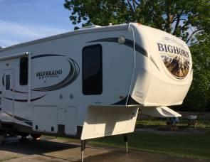 2014 Heartland Bighorn Silverado edition