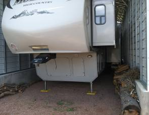 2011 Keystone Montana 333DB High Country