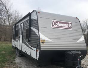 2019 Coleman 274 bhs