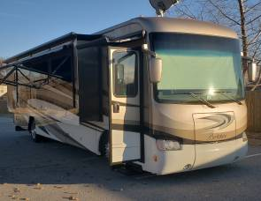 2016 Forest River Berkshire 38A Bunk / 1.5 bath