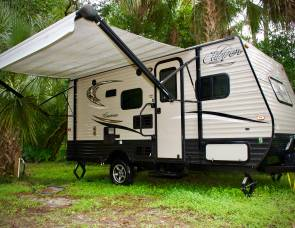 2017 Coachman Clipper