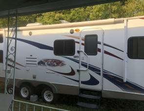 2010 Keystone 30 foot passport ultra lite