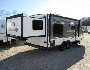 2017 Jayco Feather M-X213