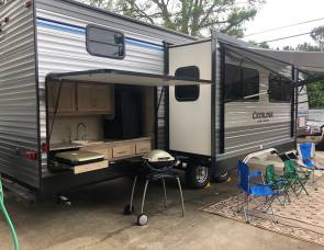 Coachman Catalina Legacy 313DBDS (LOOK!) Book 6 nights get one FREE!!