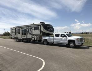 2017 Forest river Sierra 379flok