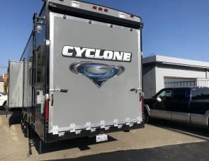 Cyclone  3800