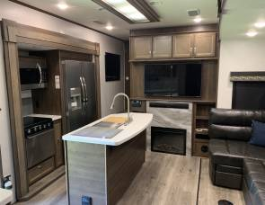 2019 Highland Ridge / Open Range Model: 376FBH