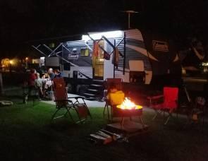 2017 Dutchmen Coleman Lantern Series 244BHWE