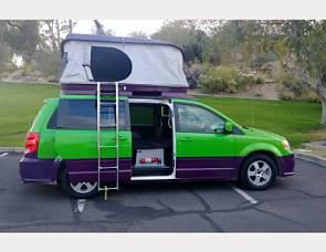 Dodge Mini RV Grand Caravan - MMn182