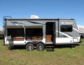 2017 Jayco Jay Feather 20xtg