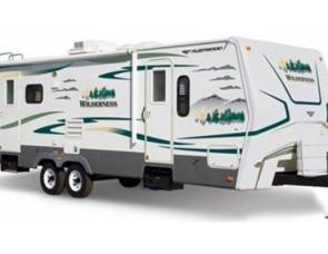 2010 wilderness 30 ft. motorcoach