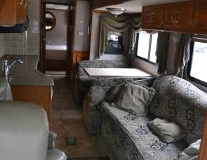 2005 Coachmen Sportscoach Cross Country