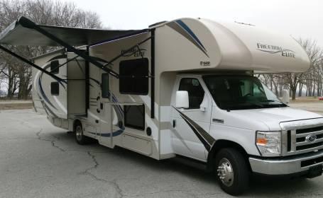 RV Rental Omaha, NE, Motorhome & Camper Rentals in NE