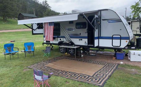 RV Rental Denver: Deals from $33 Per Night
