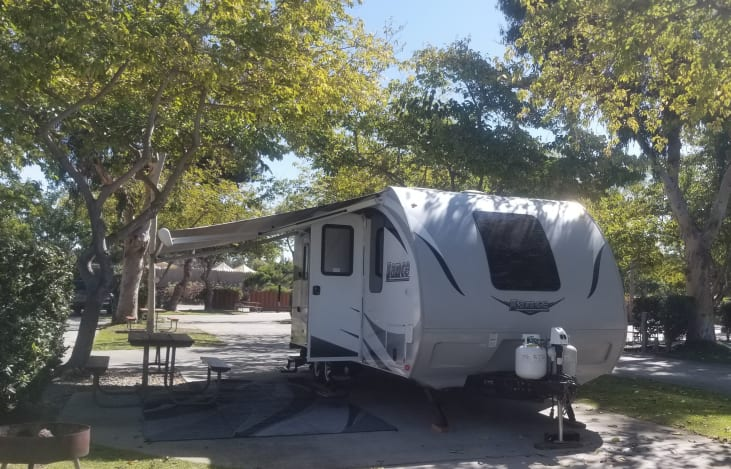 2017 Lance Beautiful High End Trailer With Bunks For Kids Rv