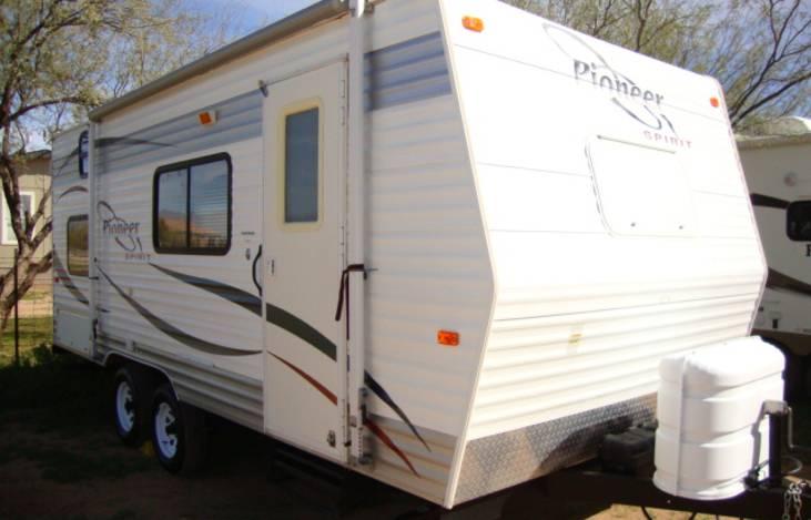2008 Fleetwood Pioneer 18CK, RV Rental in Queen Creek, AZ