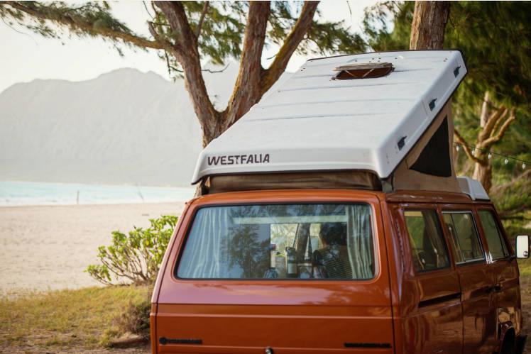 91cb88e151 ... Hawaii Camper Van! Classic VW Pop-Top 5 minutes from Honolulu Airport  on Oahu ...