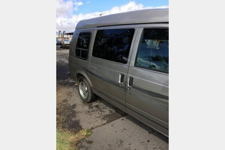 b10196b204 2003 Chevy Astro Conversion Van - Paia