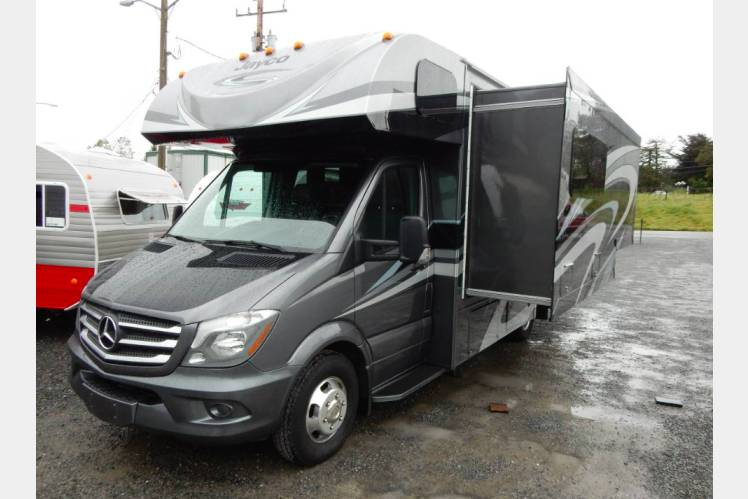 Nice RV 3 2018 Mercedes Benz Melbourne 24L Turbo Diesel 20 MPG!