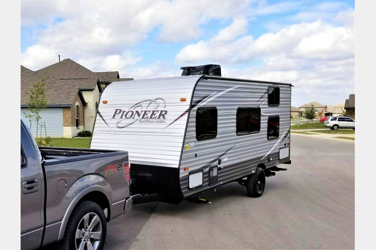 2018 Heartland Pioneer 17bh Lightweight Rv Rental In Buda Tx Rvs