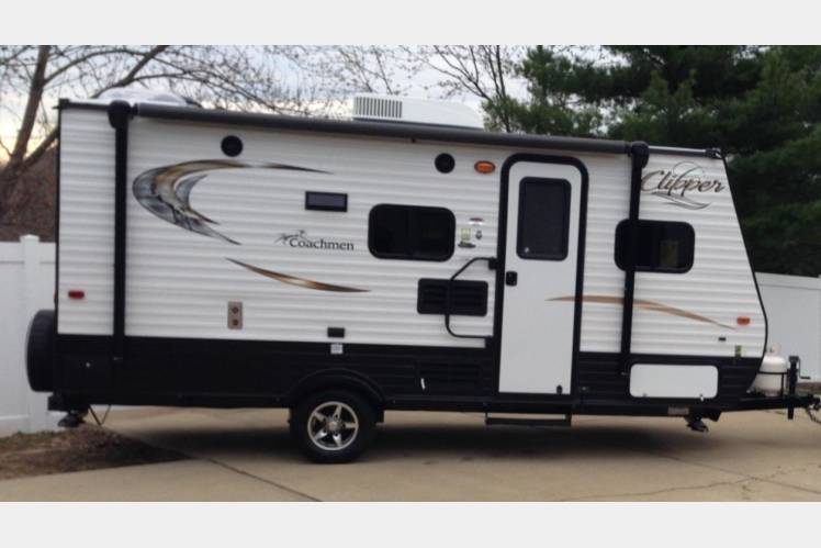 2016 coachmen clipper 17bh, rv rental in croydon, pa | rvshare