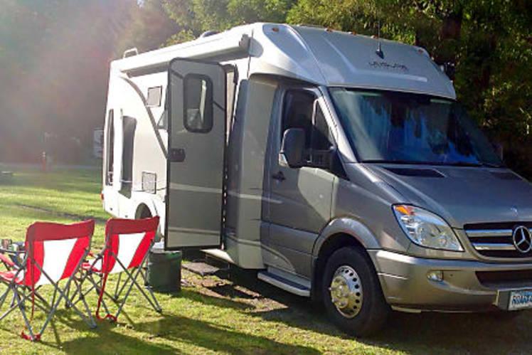 Leisure Travel Vans For Rent >> 2014 Leisure Travel Van Unity Mb Rv Rental In Anchorage Ak Rvshare