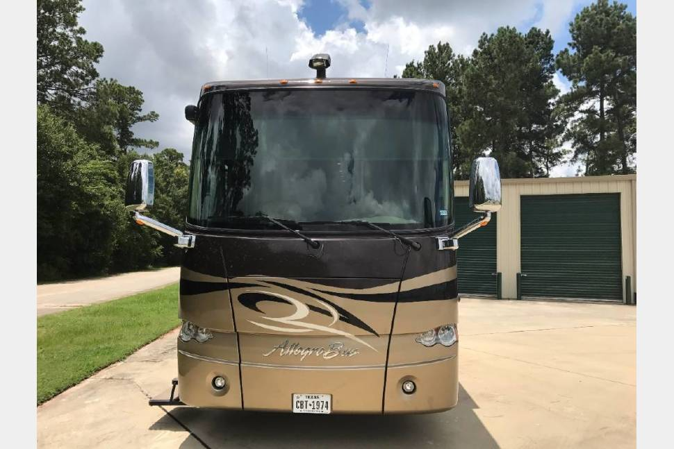 2010 Tiffin Motorhomes ALLEGRO BUS 43QBP - 2010 Tiffin Motorhomes ALLEGRO BUS 43QBP