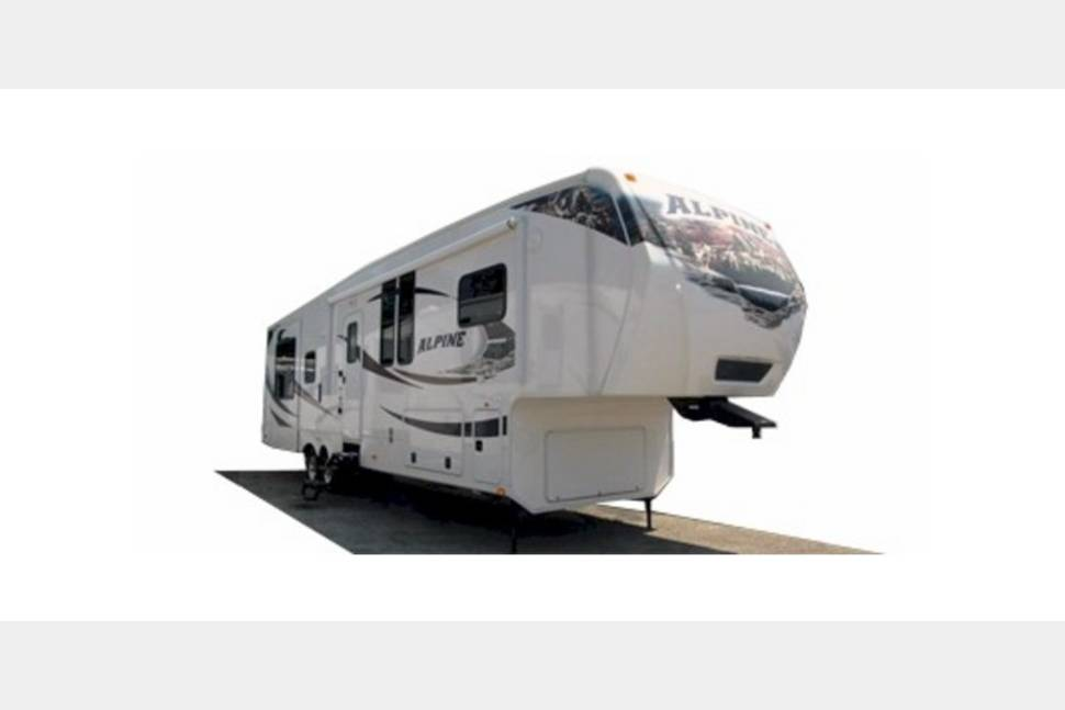 2016 Keystone Alpine - Take the stress out of vacation planning using my RV!