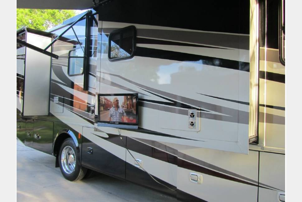 2011 Tiffin Motorhomes Allegro 34tga Rv Rental In Denver